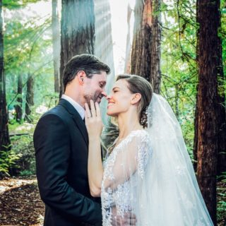 Hilary Swank marries