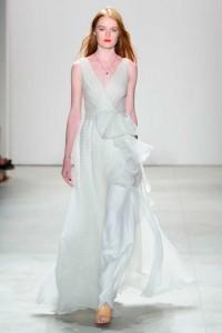 Jenny Packham Spring bride bow sheer