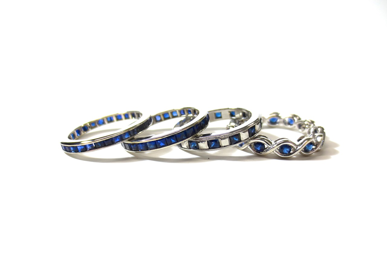 Sapphire stone ring